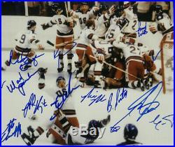 1980 USA Mens hockey team signed 16x20 photo framed 20 auto Bob Suter JSA LOA
