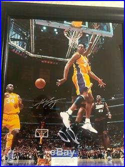 Autographed Kobe Bryant 16x20 photo Framed Full Signature PSA certified signed