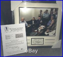 Barack Obama Signed Framed Cut (War Room) 11x14 Photo Beckett BAS LOA
