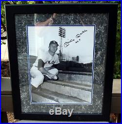 Beautiful Mickey Mantle Signed Autographed 11x14 Framed No. 7 Photo PSA DNA