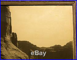 Canyon de Chelly-Navaho Vintage Goldtone Edward Curtis