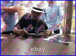 FRAMED SMOKIN' JOE FRAZIER v MUHAMMAD ALI SIGNED BOXING PHOTOGRAPH SEE PROOF COA