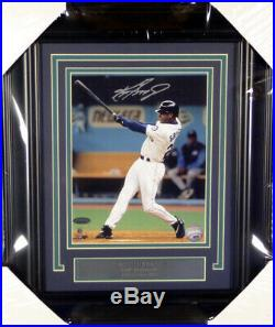Ken Griffey Jr. Autographed Signed Framed 8x10 Photo Mariners Tristar 146646