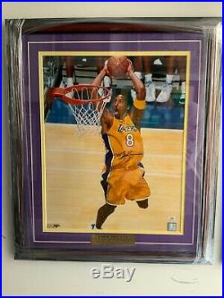 Kobe Bryant Autographed Signed 16x20 with PSA/DNA Certification Framed Auto