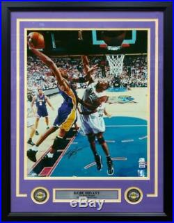 Kobe Bryant Lakers Autographed Signed Framed 01 Finals 16x20 Photo PSA/DNA COA