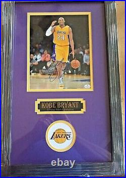 Kobe Bryant Signed 8x10 Framed & Matted Photo Los Angeles Lakers With Coa