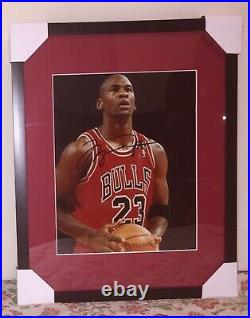 Michael Jordan Autographed 8x10 Framed Signed Photo with COA shooting free throw