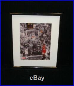 Michael Jordan Chicago Bulls'Last Shot' Signed 8x10 Framed Photo UDA LOA