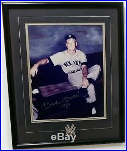 Mickey Mantle Autographed Signed Framed 11x14 Gallo Photo Yankees 1956 Y20320