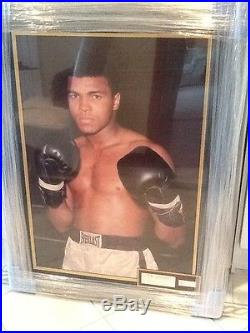 Muhammad Ali Signed Large Framed Limited Edition Photo With Full COA Excellent