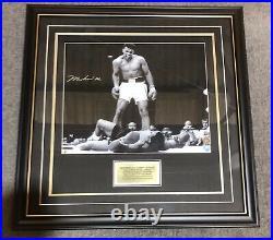 Muhammad Ali v Sonny Liston Genuine Hand Signed 16x20 Photo Frame Plaq Proof COA