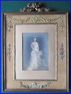Queen Mary Signed Autograph Photo 1911-1912 in Antique Ormolu Frame