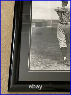 Ted Williams Signed 16X20 Framed Photo PSA/DNA COA Boston Red Sox Autographed