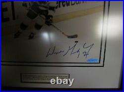 Upper Deck UDA Wayne Gretzky signed Framed Photo