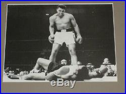 Vintage 1969 Muhammad Ali Authentic Autographed Cut & Photo Signed Matted Framed